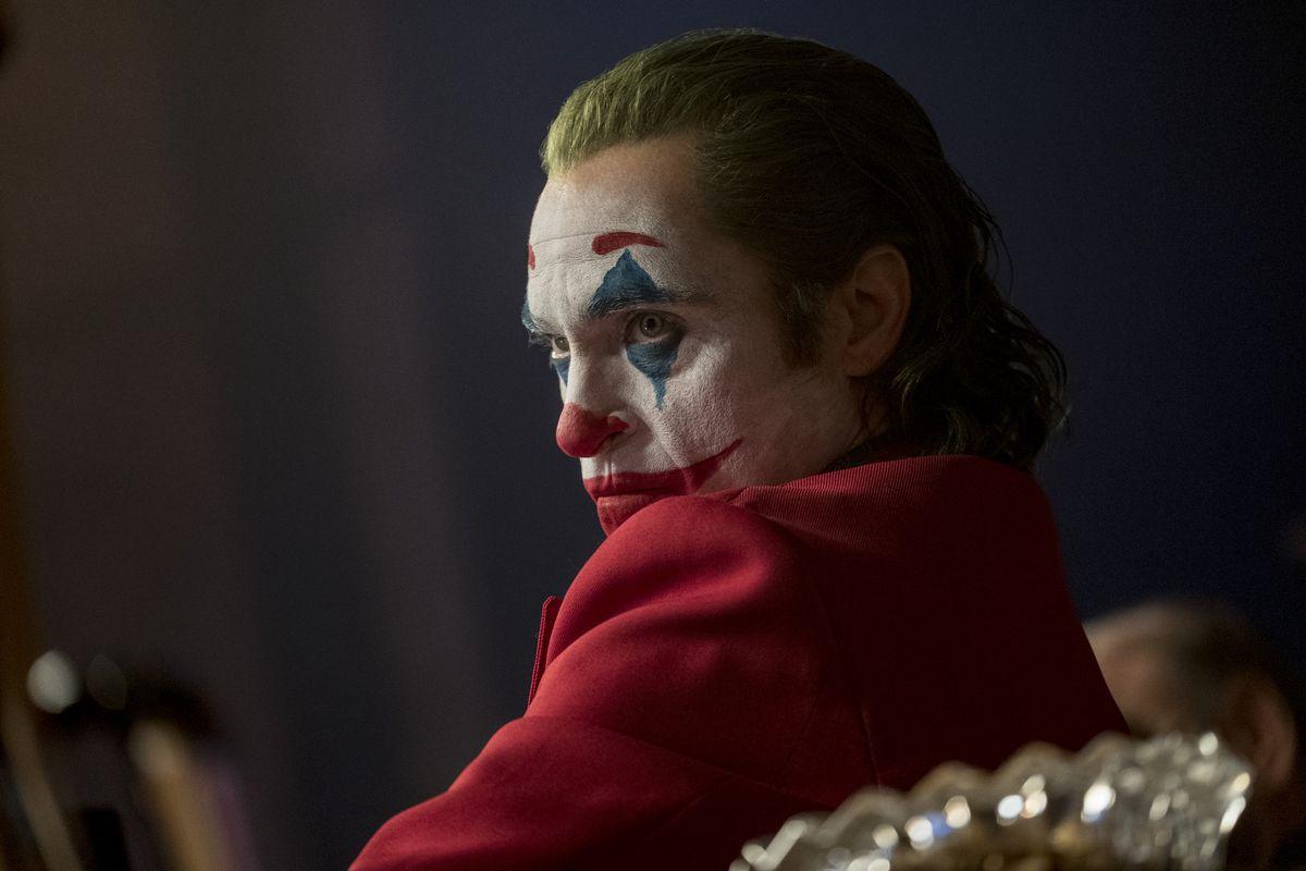 وایکین فینیکس در نقش جوکر