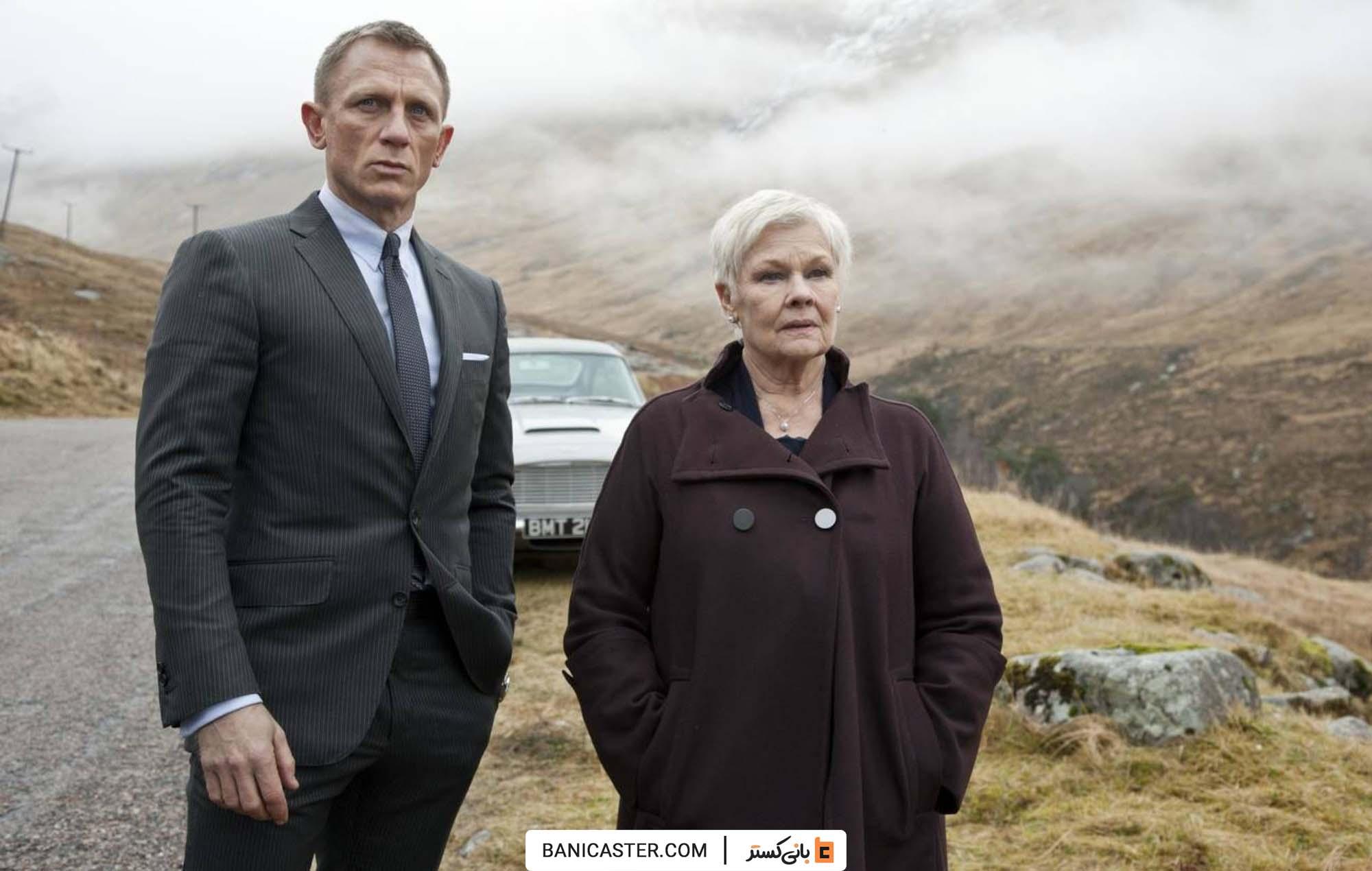 Skyfall-Daniel-Craig-and-Judi-Dench